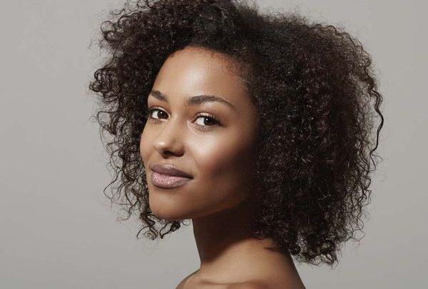 cheveux-femme-noire